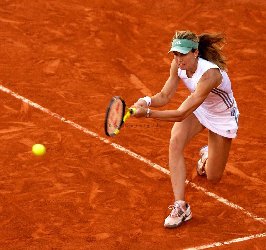 Photo. Jed Wee..French Open Tennis Championships, Rolland Garros, Paris, France. 26/05/2003..Meghann Shaughnessy.