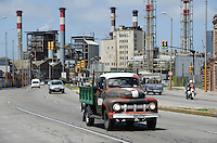 "URUGUAY Montevideo Dieselkraftwerk der UTE , der staatlichen Energiegesellschaft, Vordergrund alter Ford Pickup | .URUGUAY Montevideo Diesel power station of UTE , the public energy company .| [ copyright (c) Joerg Boethling / agenda , Veroeffentlichung nur gegen Honorar und Belegexemplar an / publication only with royalties and copy to:  agenda PG   Rothestr. 66   Germany D-22765 Hamburg   ph. ++49 40 391 907 14   e-mail: boethling@agenda-fototext.de   www.agenda-fototext.de   Bank: Hamburger Sparkasse  BLZ 200 505 50  Kto. 1281 120 178   IBAN: DE96 2005 0550 1281 1201 78   BIC: ""HASPDEHH"" ,  WEITERE MOTIVE ZU DIESEM THEMA SIND VORHANDEN!! MORE PICTURES ON THIS SUBJECT AVAILABLE!! ] [#0,26,121#]"