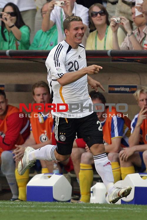 FIFA WM 2006 -  Round of Sixteen - / Viertelfinale <br /> Play    #49 (24-Jun) - Deutschland - Schweden 2:0<br /> <br /> Jubel Lukas Podolski nach seinem Tor<br /> <br /> Foto &copy; nordphoto