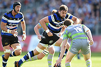 Elliott Stooke of Bath Rugby goes on the attack. Aviva Premiership match, between Bath Rugby and Newcastle Falcons on September 23, 2017 at the Recreation Ground in Bath, England. Photo by: Patrick Khachfe / Onside Images