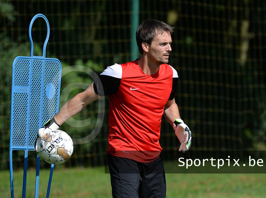 20140623 - CAMPHIN EN PEVELE, FRANCE: Mouscron's Patrick De Vlamynck  pictured during a training session of Belgian first division soccer team Mouscron-Peruwelz, the first training of the preparations for the 2014-2015 season, Monday 23 June 2014 in Camphin en Pevele, North France. BELGA PHOTO DAVID CATRY