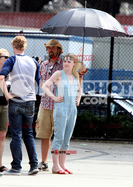 NEW YORK CITY- July 03, 2012: Dakota Fanning  shooting on location for the new film, Very Good Girls. © RW/MediaPunch Inc. *NORTEPHOTO*<br /> **SOLO*VENTA*EN*MEXICO**<br /> **CREDITO*OBLIGATORIO** <br /> **No*Venta*A*Terceros**<br /> **No*Sale*So*third**<br /> *** No*Se*Permite*Hacer*Archivo**<br /> **No*Sale*So*third**