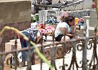 AMPARO,SP - 02.11.2015 - FINADOS-SP - Vista do Cemitério do Sylvestre em Amparo, interior do estado de São Paulo nesta segunda-feira (2). Dia de Finados. (Foto: Eduardo Carmim/Brazil Photo Press)
