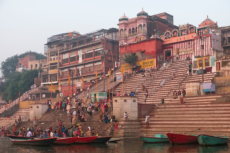 In this ancient city of pilgrimage, the bathing ghats are the main attraction.  People flock here in large numbers every day to bathe and worship in the temples built beside the river bank.