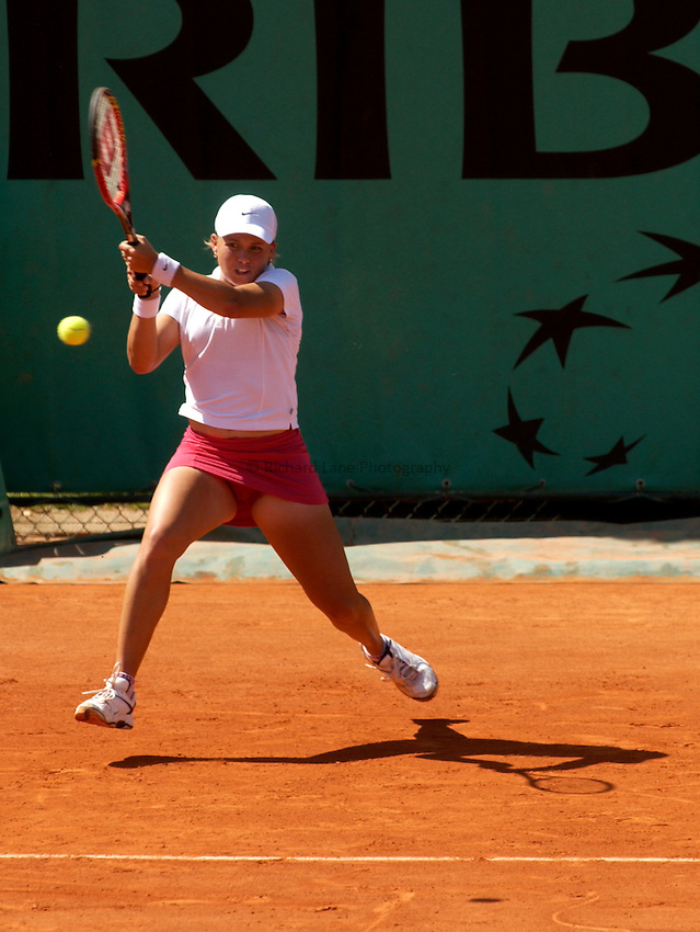 Photo. Jed Wee.French Open Tennis Championships, Rolland Garros, Paris, France. 26/05/2003..Christine Wheeler.