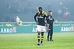 Solna 2014-03-31 Fotboll Allsvenskan AIK - IFK G&ouml;teborg :  <br /> AIK:s Henok Goitom deppar efter slutsginalen<br /> (Foto: Kenta J&ouml;nsson) Nyckelord:  AIK Gnaget Solna IFK G&ouml;teborg Bl&aring;vitt depp besviken besvikelse sorg ledsen deppig nedst&auml;md uppgiven sad disappointment disappointed dejected