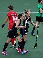 New Zealand celebrate a goal during the World Hockey League match between New Zealand and Korea. North Harbour Hockey Stadium, Auckland, New Zealand. Saturday 18 November 2017. Photo:Simon Watts / www.bwmedia.co.nz
