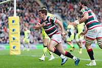 Freddie Burns of Leicester Tigers celebrates his first half try. Aviva Premiership match, between Leicester Tigers and Sale Sharks on April 29, 2017 at Welford Road in Leicester, England. Photo by: Patrick Khachfe / JMP