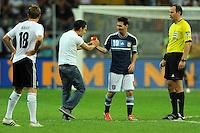 FRANKFURT, ALEMANHA, 15 AGOSTO 2012 - AMISTOSO INTERNACIONAL - Lionel Messi (D) jogador da Argentina durante amistoso internacional contra a Alemanha, na Commerzbank-Arena, em Frankfurt na Alemanha, nesta quarta-feira, 15. (FOTO: PIXATHLON / BRAZIL PHOTO PRESS).