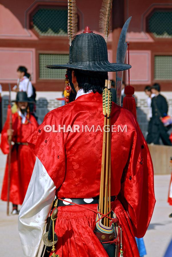 Troca da guarda no Gyeongbok Palace. Seul. Coreia. 2009. Foto de Thaïs Falcão.