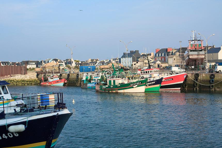 France, Bretagne, Finistère (29), Le Guilvinec, le port de pêche // France, Brittany, Finistere, Le Guilvinec, The fishing port