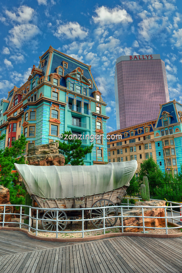 Ballys Hotel Casino Atlantic City World-famous Boardwalk, Sand, Resort hotels,  Architecture;  New Jersey; Seaside Resort;