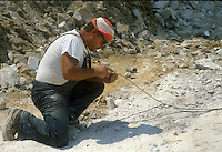 - marble quarries, preparation of a mine....- cave di marmo, preparazione di una mina