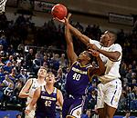 Western Illinois Leathernecks at South Dakota State Jackrabbits Men's Basketball