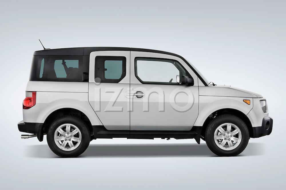 Passenger side profile view of a 2008 Honda Element EX SUV