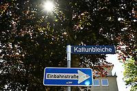 GERMANY, Hamburg, german colonial history, controversial street names, Kattunbleiche, Schimmelmann 1724-1782 was a rich merchant and slave trader  / DEUTSCHLAND, Hamburg, Spuren der deutschen Kolonialgeschichte, umstrittene Straßennamen, Kattunbleiche, in der Kattunbleiche in Wandsbek hatte der Kaufmann und Sklavenhändler Schimmelmann 1724-1782 seine Fabriken zur Verarbeitung von Baumwolle aus dem atlantischen Dreieckshandel