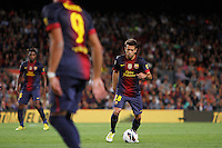 02/09/2012 - Liga Football Spain, FC Barcelona vs. Valencia CF Matchday 3. Jordi Alba, left defense from FC Barcelona,  passes the ball to a team mate