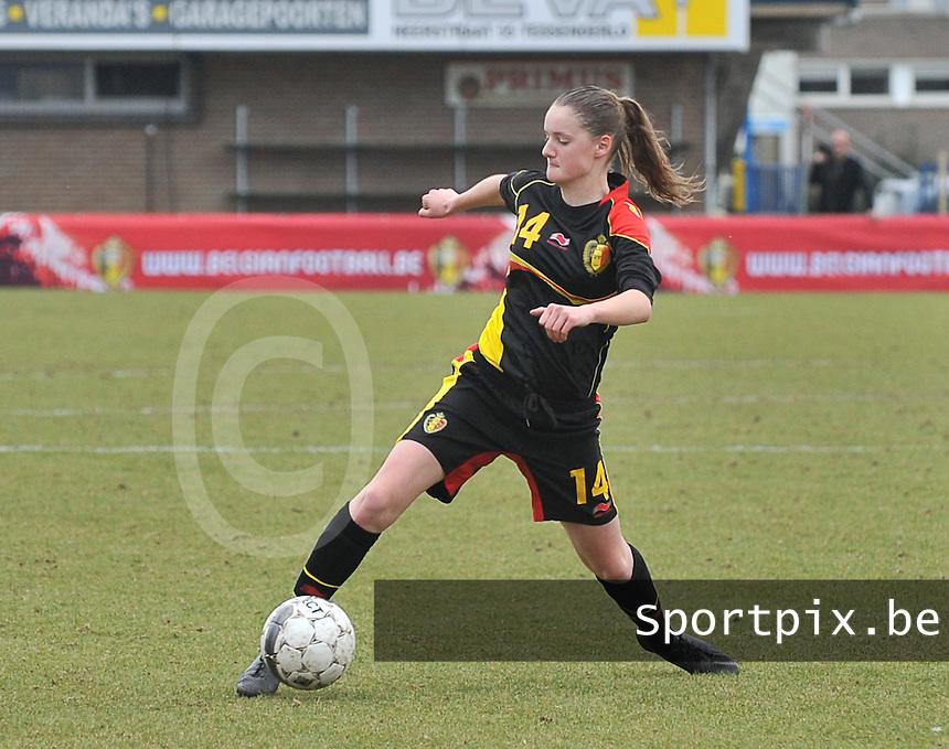 Denmark U17 - Belgium U17 : Bieke Vandenbussche.foto DAVID CATRY / Vrouwenteam.be