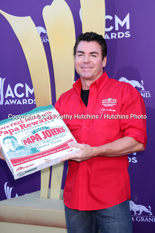 LAS VEGAS - APR 1:  John Schnatter arrives at the 2012 Academy of Country Music Awards at MGM Grand Garden Arena on April 1, 2010 in Las Vegas, NV.
