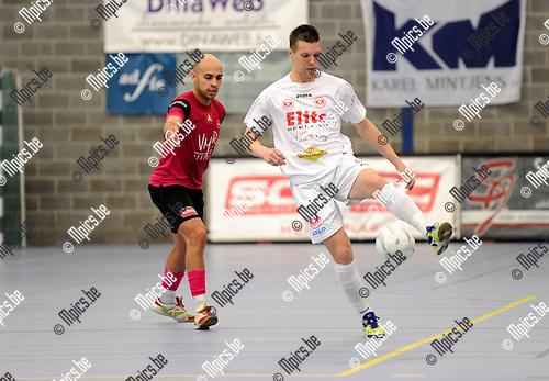 2012-04-20 / Futsal / seizoen 2011-2012 / Malle - Antwerpen / Ahmed Sababti met Jeroen Hakkens (r, Malle)..Foto: Mpics.be