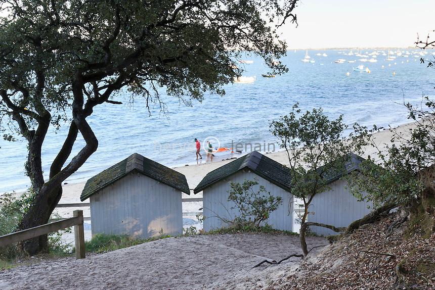 France, Vendée (85), île de Noirmoutier, Noirmoutier-en-lÎle, plage au Bois de la Chaize // France, Vendee, Island of Noirmoutier, Noirmoutier en lIle, beach at the Bois de la Chaize
