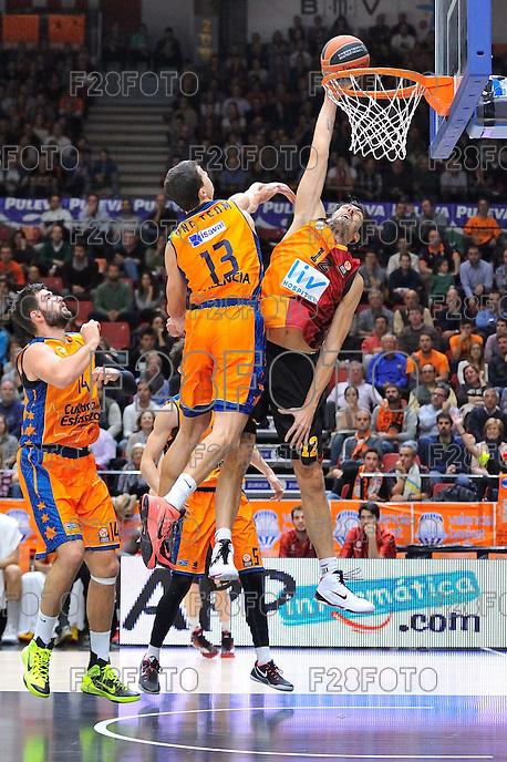 Lucic vs Gonlum<br /> Euroleague - 2014/15<br /> Regular season Round 7<br /> Valencia Basket vs Galatasaray