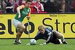 Ivan Klasnic - dreimal die Woche zur Blutwaesche - so lautet die Diagnose beim ehemaligen Werder Stuermer. Ivan ist auf eine neue Niere angwiesen - die von seinem Vater 2007 transplantierte Niere arbeitet nicht mehr. Nun wartet er auf eine neue Niere<br /> Archiv aus: <br />  BL 2003/2004 32. Spieltag<br /> <br /> 1. FC Bayern Muenchen vs Werder Bremen<br /> <br /> <br /> <br /> 0:1 durch Ivan Klasnic . Olli Kahn stolpert hinterher<br /> <br /> <br /> <br /> Foto © nordphoto