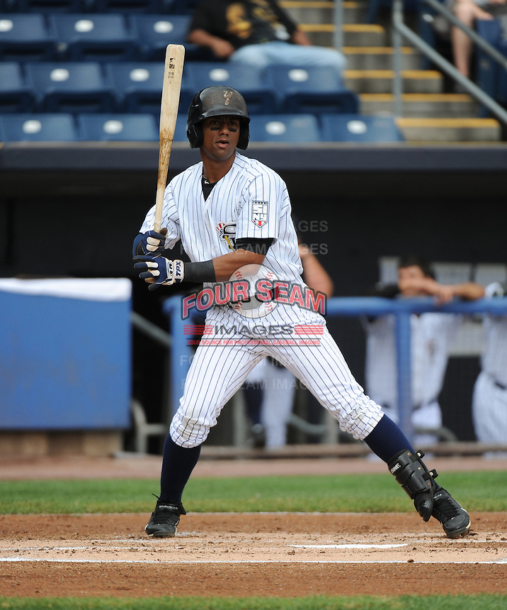 Staten Island Yankees infielder Jose Rosareo (21) during game against the State College Spikes at Richmond County Bank Ballpark at St.George on August 8, 2013 in Staten Island, NY.  Staten Island defeated State College 6-5.  (Tomasso DeRosa/Four Seam Images)