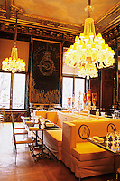 "The Baccarat Restaurant ""Le Cristal Room"", in the old dining room. Crystal chandeliers and glasses. Designed by Philippe Starck. The Cristal Room restaurant"