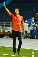 BARRANQUILLA-COLOMBIA, 04-08-2019: Alexandre Guimaraes, técnico de América de Cali gesticula durante partido entre Atlético Junior y América de Cali, de la fecha 4 por la Liga Águila II 2019, jugado en el estadio Metropolitano Roberto Meléndez de la ciudad de Barranquilla. / Alexandre Guimaraes, coach of America de Cali gestures during a match between Atletico Junior and America de Cali, of the 4th date for the Aguila Leguaje II 2019 played at the Metropolitano Roberto Melendez Stadium in Barranquilla city, Photo: VizzorImage / Alfonso Cervantes / Cont.