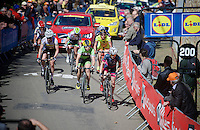 race leaders up the infamous Mur de Huy (1300m/9.8%)<br /> <br /> Women's Flèche Wallonne 2016