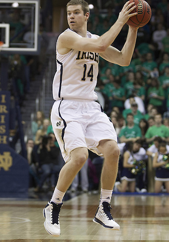 January 19, 2013:  Notre Dame guard Scott Martin (14) during NCAA Basketball game action between the Notre Dame Fighting Irish and the Rutgers Scarlett Knights at Purcell Pavilion at the Joyce Center in South Bend, Indiana.  Notre Dame defeated Rutgers 69-66.
