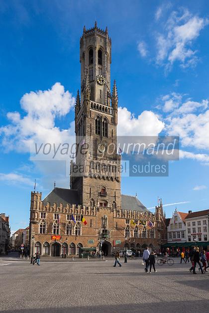 Europe/Belgique/Flandre/Flandre Occidentale/Bruges: Centre historique classé Patrimoine Mondial de l'UNESCO, Markt, Beffroi construit entre le XIIIe au XIXe siècle