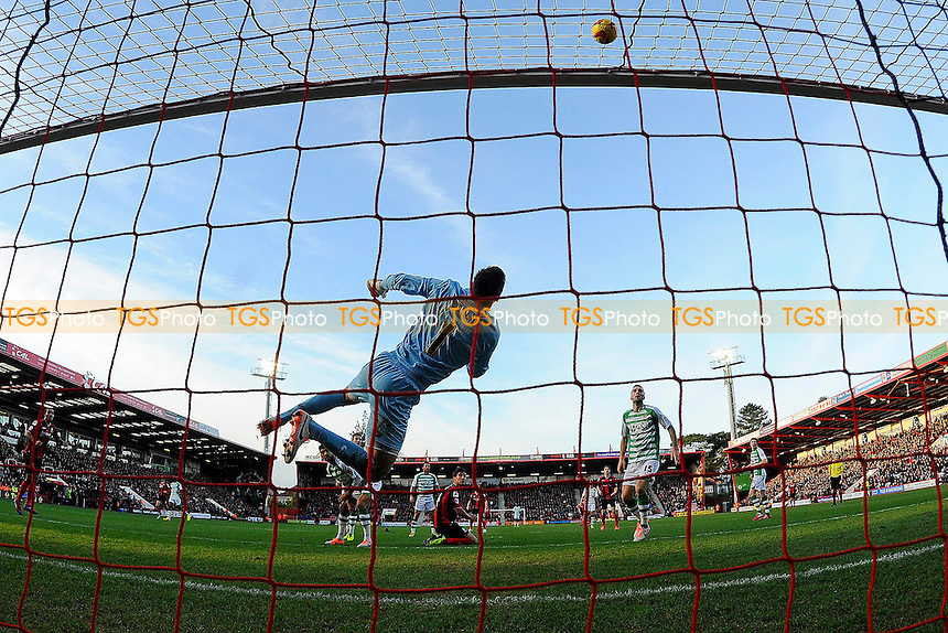 Marek Stech of Yeovil Town makes a great save in the first half - AFC Bournemouth vs Yeovil Town - Sky Bet Championship Football at the Goldsands Stadium, Bournemouth, Dorset - 26/12/13 - MANDATORY CREDIT: Denis Murphy/TGSPHOTO - Self billing applies where appropriate - 0845 094 6026 - contact@tgsphoto.co.uk - NO UNPAID USE