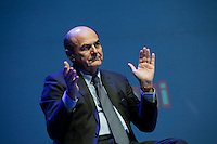 Firenze: Pier Luigi Bersani durante l'incontro di campagna elettorale per l'elezioni politiche del 2013..Florence: Pier Luigi Bersani Democratic Party candidate for prime minister during the political rally