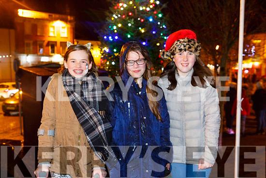 Enjoying  the Listowel Xmas lights on Sunday were Ciara Falen, Chloe Harrington and Laura Lynch