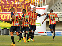 PEREIRA -COLOMBIA-16-11-2014. Fabio Rodriguez (#26) jugador Aguilas Pereira celebra su gol anotado a Deportes Tolima durante partido por la fecha 1 de los cuadrangulares finales de la Liga Postobon II 2014 jugado en el estadio Hernán Ramírez Villegas de Pereira./ Fabio Rodriguez (#26) player of Aguilas Pereira celebrates after scoring a goal to Deportes Tolima during match for the first date of the final quadrangular of the  Postobon League II 2014 played at Hernan Ramirez Villegas of Pereira city.  Photo:VizzorImage/ CONT