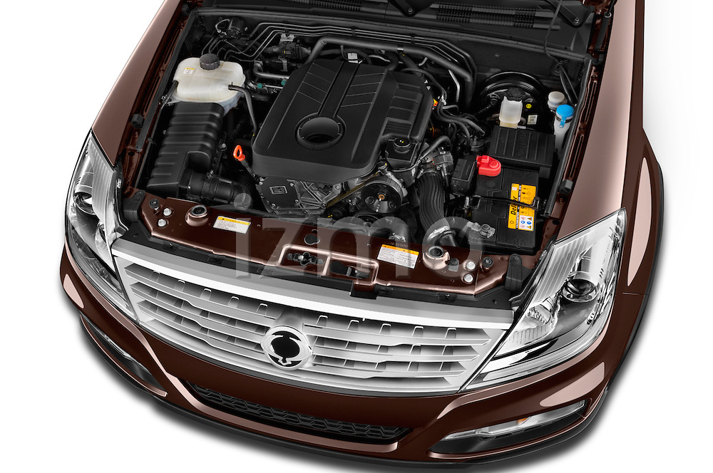 Car Stock 2015 Ssangyong Rexton W Sapphire 5 Door Suv Engine high angle detail view