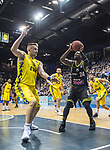 13.04.2019, EWE Arena, Oldenburg, GER, easy Credit-BBL, EWE Baskets Oldenburg vs medi Bayreuth, im Bild<br /> De`Mon BROOKS (medi Bayreuth #24 ) Rashid MAHALBASIC (EWE Baskets Oldenburg #24 )<br /> Foto © nordphoto / Rojahn