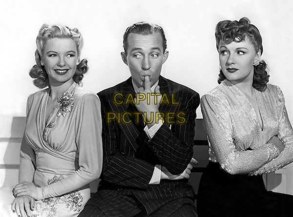 Fred Astaire, Marjorie Reynolds<br /> in Holiday Inn (1942) <br /> *Filmstill - Editorial Use Only*<br /> CAP/NFS<br /> Image supplied by Capital Pictures