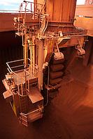 Inaugurada em 1995, a Alunorte assume  posi&ccedil;&atilde;o de maior produtora de alumina do mundo. <br /> Barcarena Par&aacute; Brasil.<br /> Paulo Santos<br /> 2006.