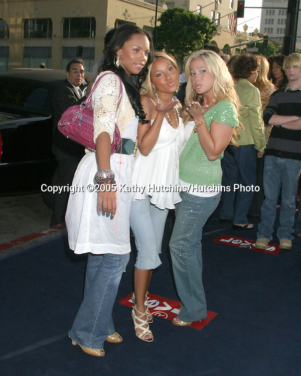 Cheetah Girls.Girl SInging Group.The Sisterhood of the Traveling Pants Premiere.Hollywood, CA.May 31, 2005.©2005 Kathy Hutchins / Hutchins Photo