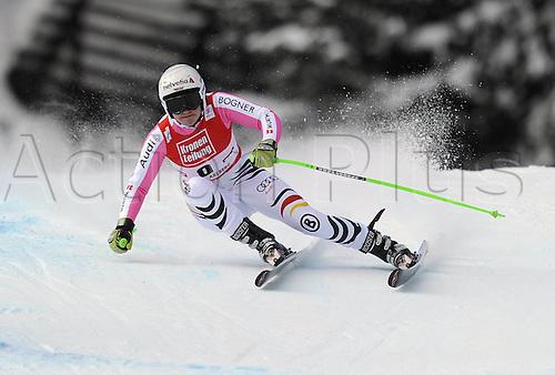 13.01.2013. St Anton, Austria.  Ski Alpine FIS World Cup Super G for women Viktoria Vinecastle ger