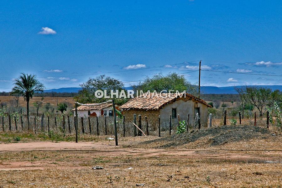 Casa em comunidade quilombola. Janaúba. Minas Gerais. 2005. Foto de Iolanda Huzak.