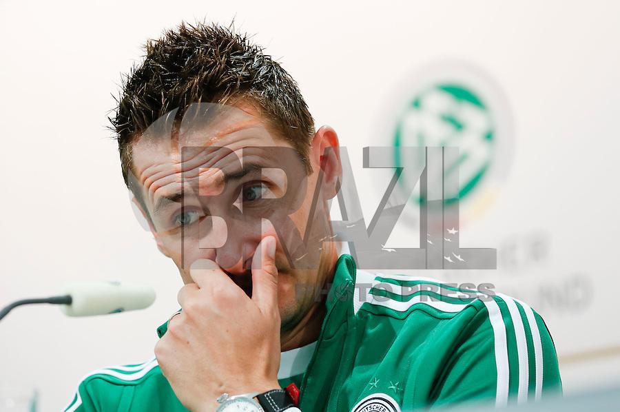 GDANSK, POLONIA, 26 JUNHO 2012 - COLETIVA ALEMANHA - O jogador da Alemanha Miroslav Klose durante entrevista coletiva neste terça-feira, 26. Alemanha enfretara a Italia na proxima quinta-feira em  partida valida pelas semi-finais da Eurocopa. (FOTO: PIXATHLON / BRAZIL PHOTO PRESS).