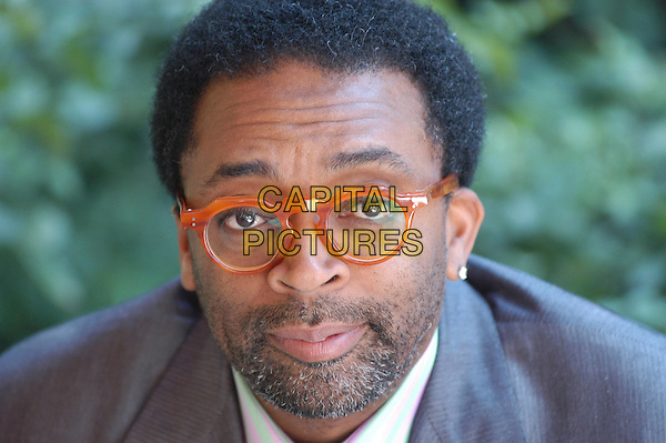 "SPIKE LEE.Photocall for ""Miracle at St. Anna"" (""Untitled Spike Lee WWII Project""), Rome, Italy..July 3rd, 2007.headshot portrait facial hair beard facial glasses .CAP/CAV.©Luca Cavallari/Capital Pictures"