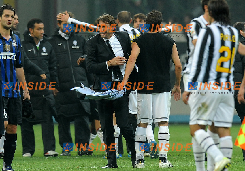 "Esultanza Antonio CONTE a fine gara (Juventus).Milano 29/10/2011 Stadio ""Giuseppe Meazza"".Serie A 2011/2012.Football Calcio Inter Vs Juventus.Foto Insidefoto Alessandro Sabattini."