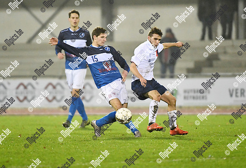 2016-11-26 / Voetbal / Seizoen 2016-2017 / FC Turnhout - Betekom / Joachim Machielsen (l. Turnhout) met Pieter Vanbeginne<br /> <br /> ,Foto: Mpics.be