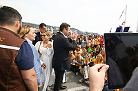Laura Tenoudji et Christian Estrosi - 27Ëme Èdition du Rallye 'Aicha des Gazelles' au dÈpart de la ville de Nice, le samedi 18 mars 2017. # DEPART DU RALLYE 'AICHA DES GAZELLES' A NICE