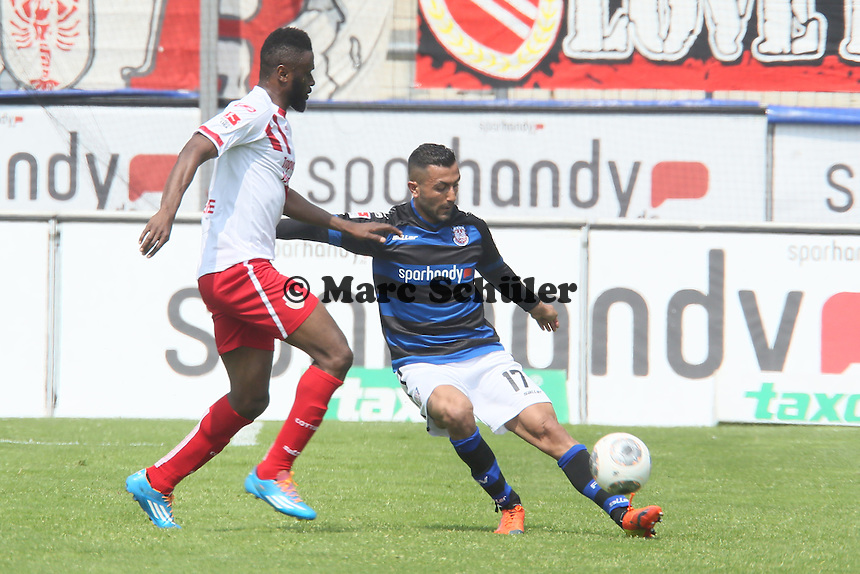 Boubacar Sanogo (Cottbus) gegen Joan Oumari (FSV) - FSV Frankfurt vs. FC Energie Cottbus, Frankfurter Volksbank Stadion
